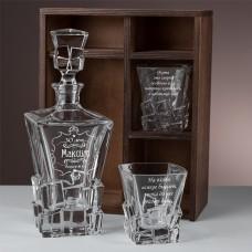 """Набор штоф и 2 стакана для виски с гравировкой """"Label"""" в подарочном пенале"""